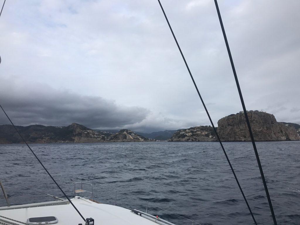 Dunkle Wolken über Andratx